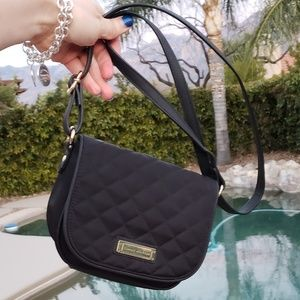 Tommy Hilfiger EUC small crossbody black purse